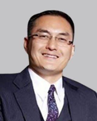 Dr. John Shiau, MD, Neuro Spine Surgeon